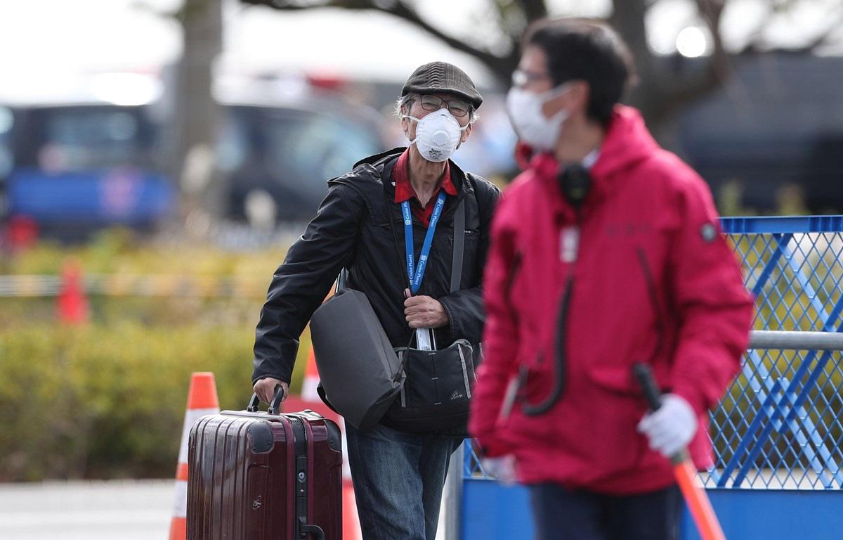 Nhật Bản: 23 khách rời tàu Diamond Princess không xét nghiệm COVID-19 - Ảnh 1.
