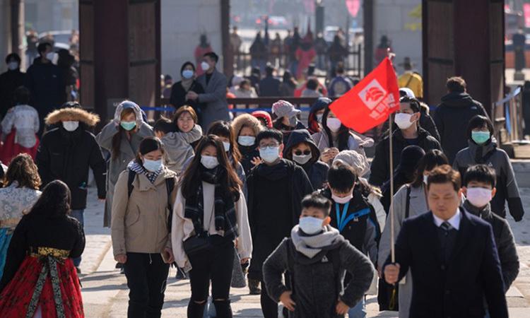 Lo sợ dịch virus corona bùng phát, nhiều du khách hủy chuyến du lịch Hàn Quốc - Ảnh 1.