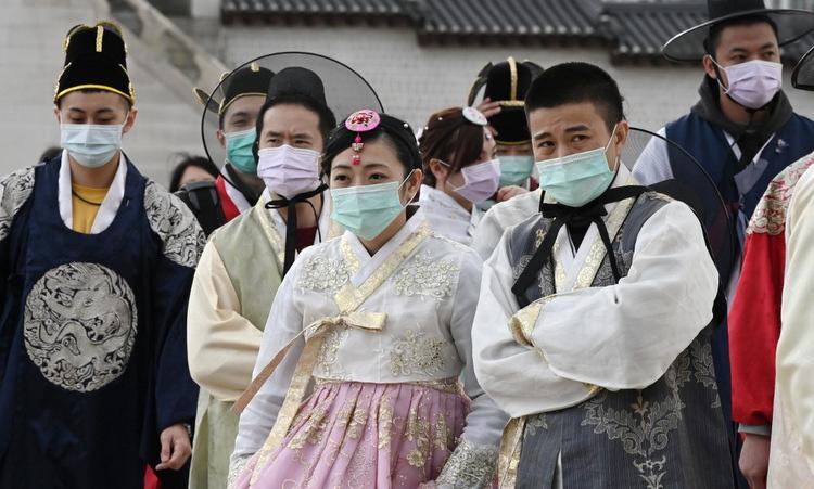 Lo sợ dịch virus corona bùng phát, nhiều du khách hủy chuyến du lịch Hàn Quốc - Ảnh 2.
