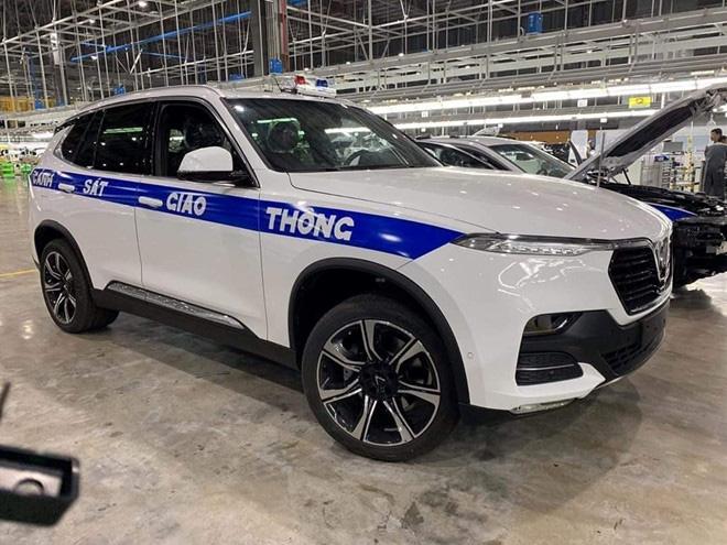 Cảnh sát giao thông sẽ sử dụng xe VinFast của tỉ phú Phạm Nhật Vượng để làm nhiệm vụ?  - Ảnh 1.