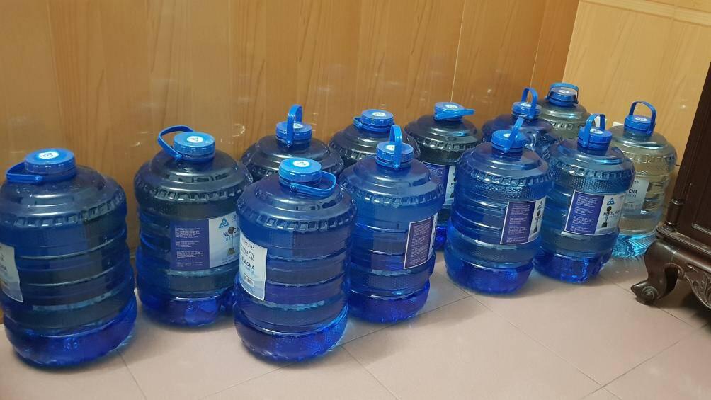 Doanh nghiệp 144 nghìn tỉ: Nữ cổ đông góp 1/3 vốn bán lẻ nước đóng chai - Ảnh 2.
