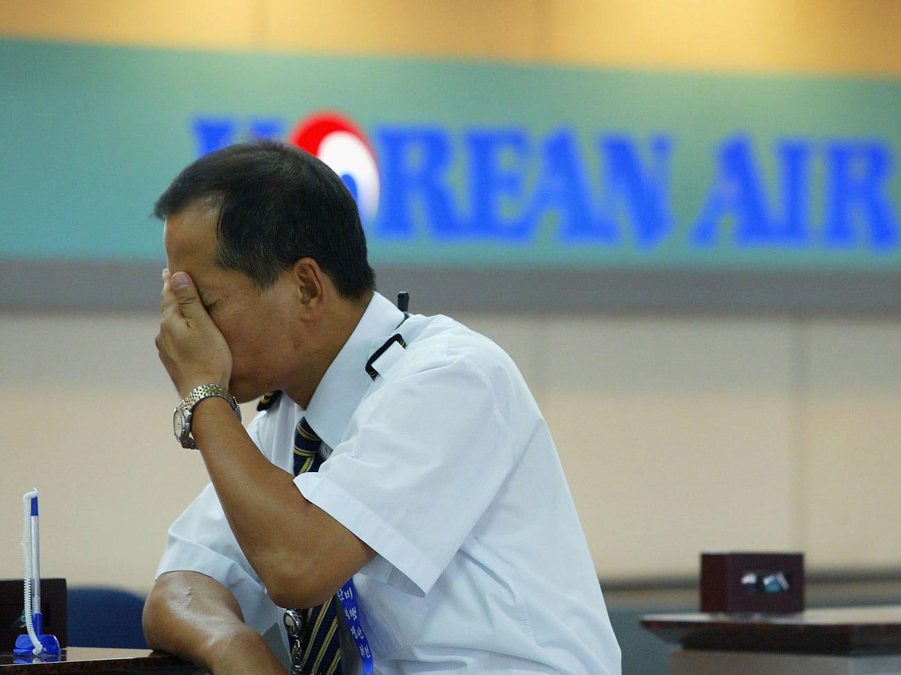 Một tiếp viên nhiễm virus corona, khách đồng loạt muốn hủy bay Korean Air - Ảnh 1.