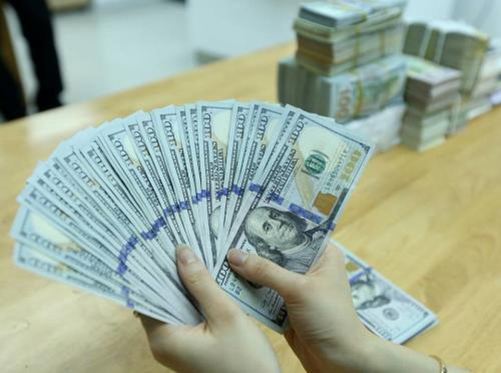Giá USD hôm nay 27/2: Tạm thời ổn định ngưỡng giá - Ảnh 2.