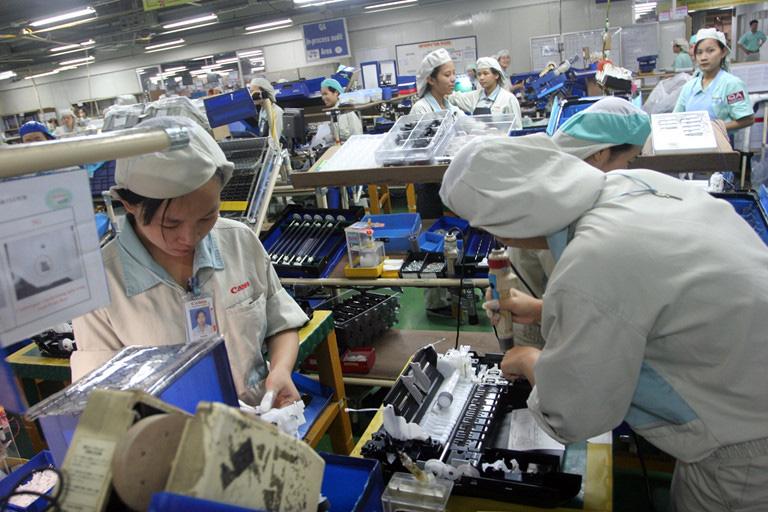Ngân hàng Phát triển châu Á dự báo kinh tế toàn cầu thiệt hại 350 tỉ USD vì Covid-19 - Ảnh 1.