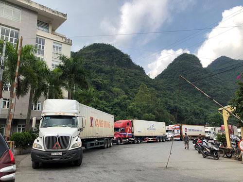 Hơn 5.300 xe hàng được thông quan ở cửa khẩu Lạng Sơn - Ảnh 1.