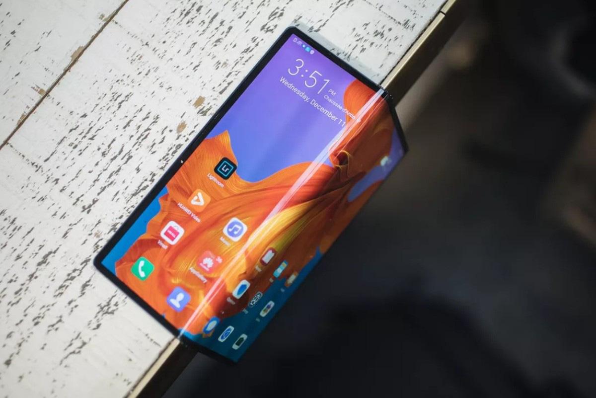 Lộ video cho thấy Huawei Mate X đã có thể chạy ứng dụng Google - Ảnh 2.