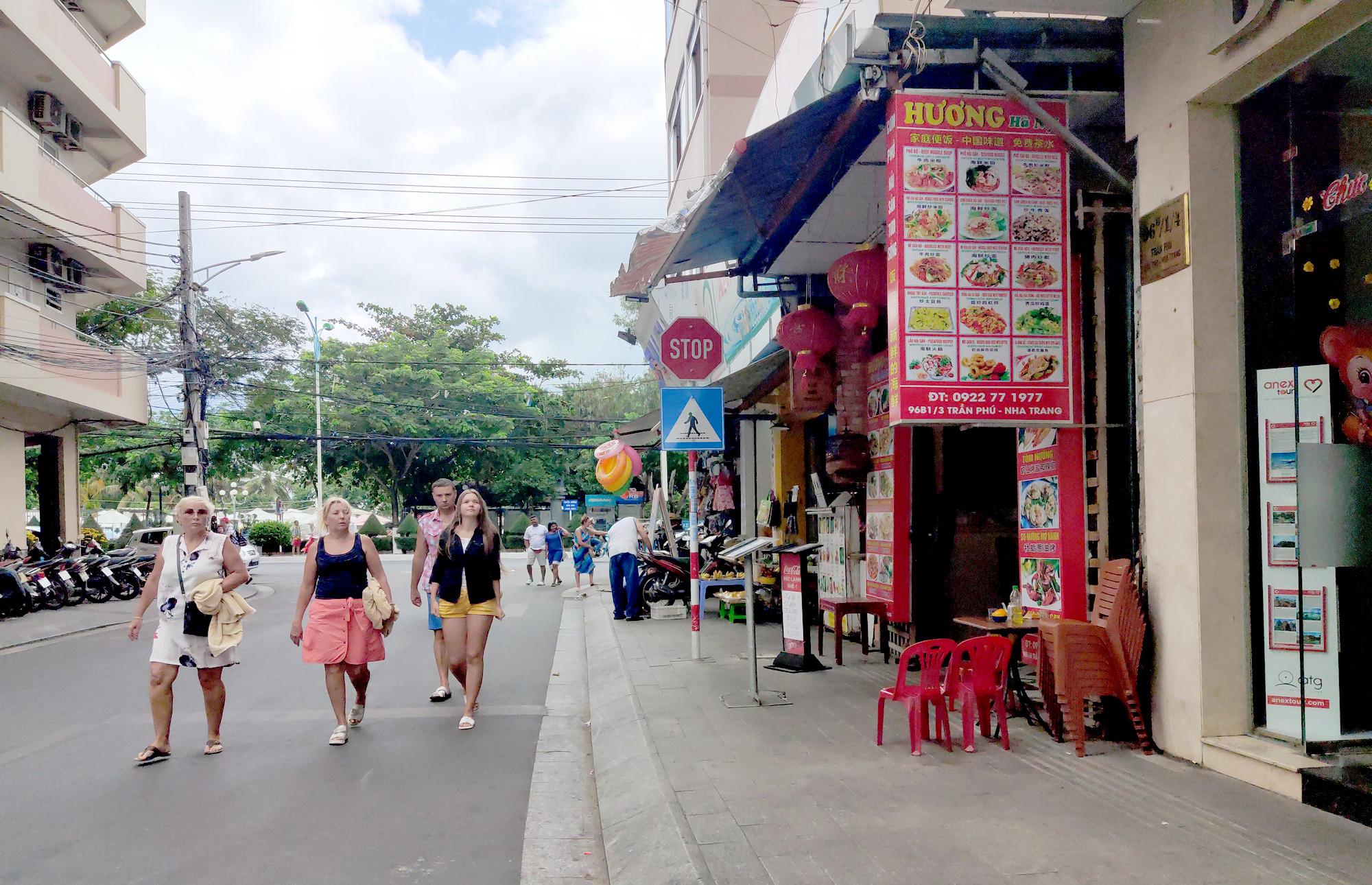 Doanh nghiệp lịch Khánh Hòa:  Kiến nghị các ngân hàng hỗ trợ trước dịch virus Corona - Ảnh 1.
