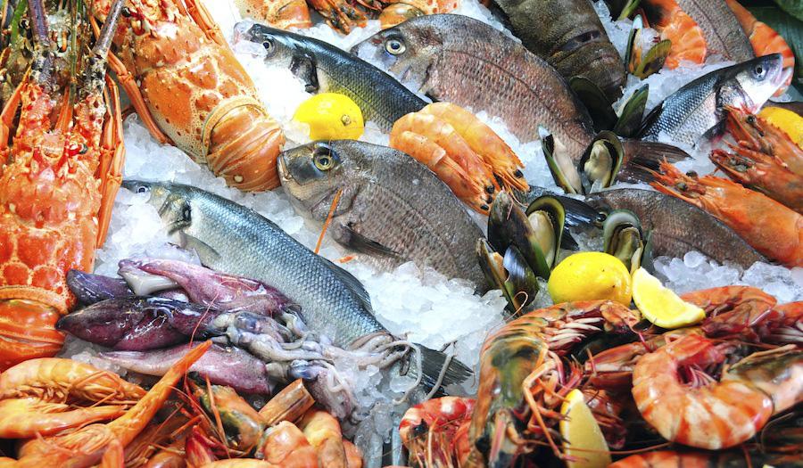 Giá cả thị trường hôm nay 5/2: Heo hơi bất ngờ tăng mạnh trở lại đỉnh 86.000 đồng/kg, siêu thị tiếp tục giảm giá hải sản nhập khẩu - Ảnh 1.