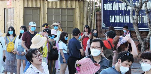 Hướng đi vực dậy ngành du lịch Việt Nam trong cơn bão khủng hoảng vì dịch virus corona - Ảnh 3.