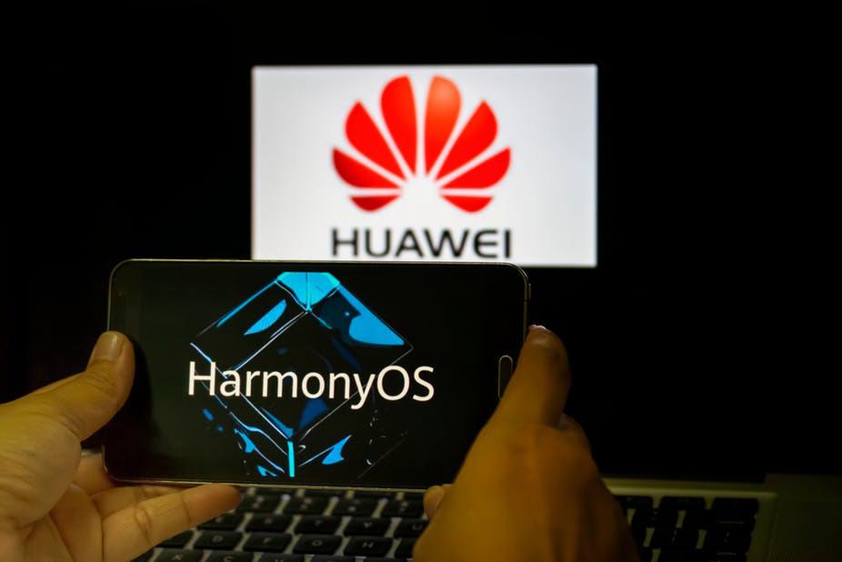 Điện thoại không chạy Android đầu tiên của Huawei sẽ được ra mắt vào tháng 3 - Ảnh 3.
