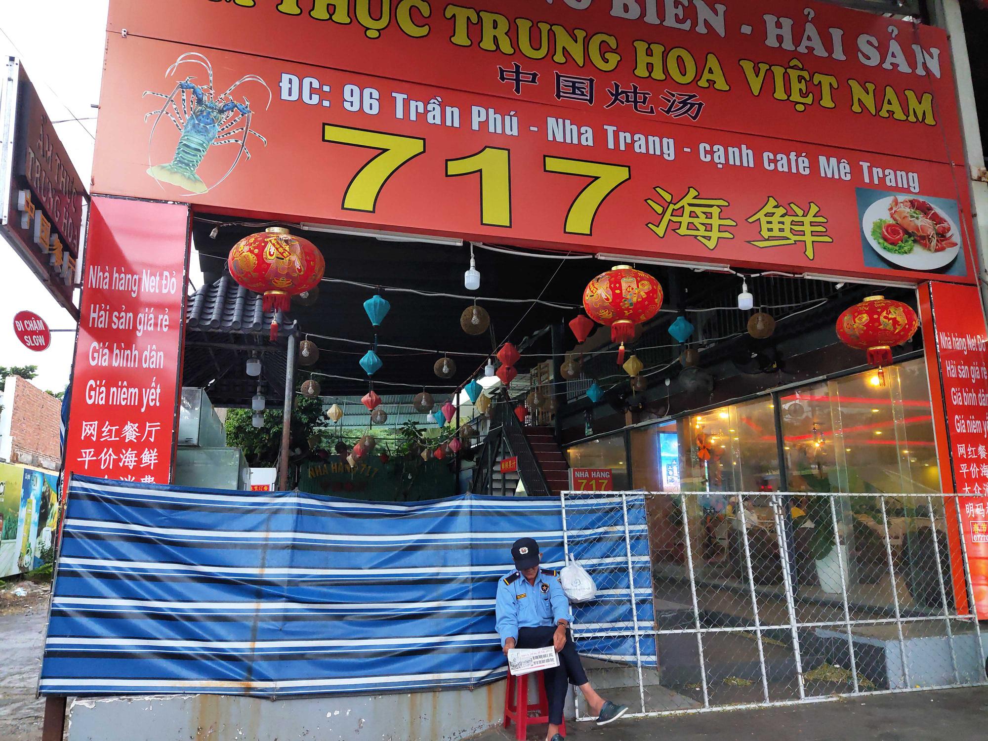 Nha Trang: Phố hải sản đìu hiu, hàng loạt nhà hàng đóng cửa trong đại dịch corona  - Ảnh 10.