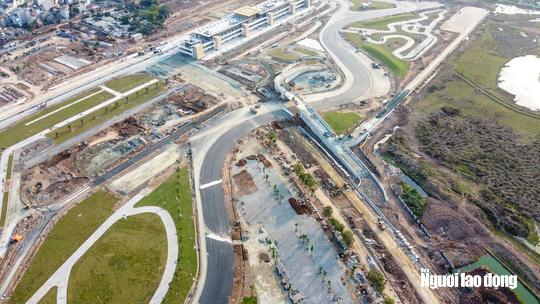 Toàn cảnh đường đua F1 Việt Nam đang trong quá trình hoàn thiện - Ảnh 1.
