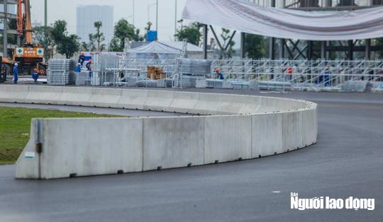 Toàn cảnh đường đua F1 Việt Nam đang trong quá trình hoàn thiện - Ảnh 5.