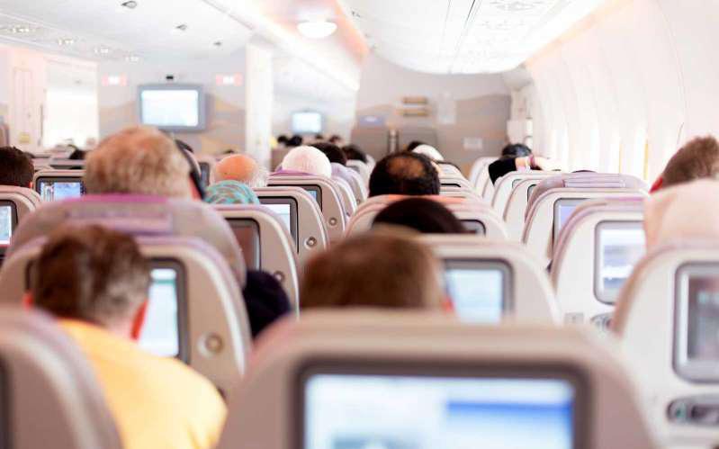 Làm sao để hủy vé, đổi vé máy bay vì dịch Corona? - Ảnh 1.