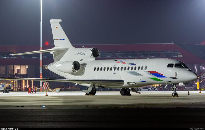 Máy bay đưa bệnh nhân 32 về Việt Nam có giá thuê khoảng 360.000 USD - Ảnh 1.