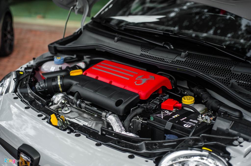 Ô tô siêu nhỏ có giá gần 3 tỉ đồng tại Việt Nam, đắt ngang Porsche Macan - Ảnh 13.
