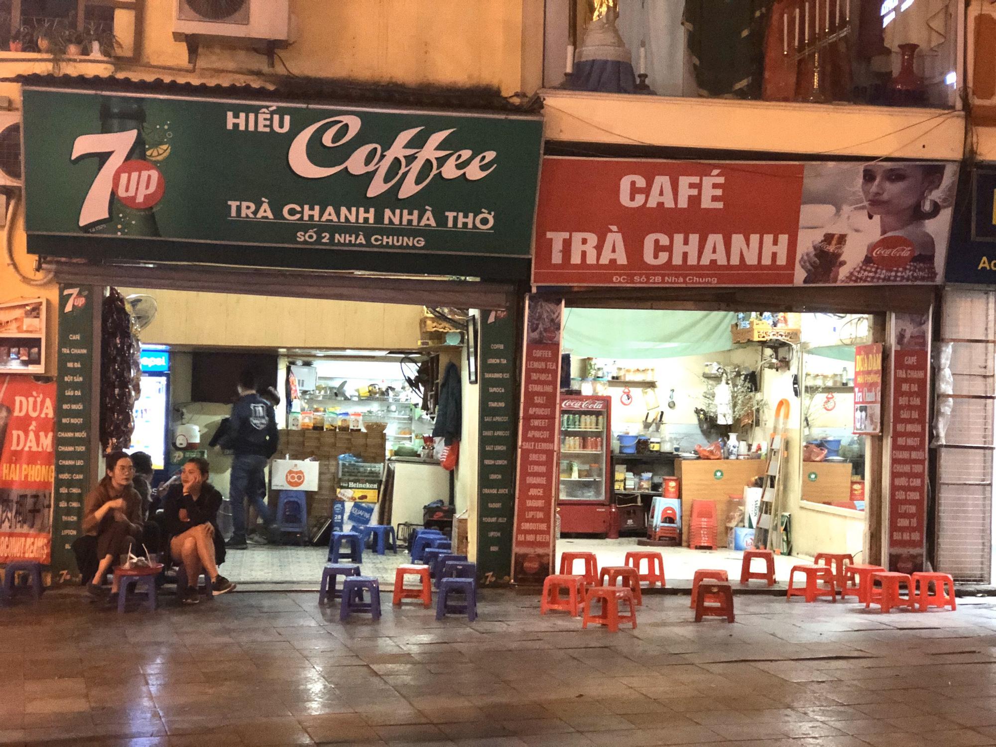 Phố Tạ Hiện vắng khách, các hàng quán ế ẩm giữa mùa dịch corona - Ảnh 11.