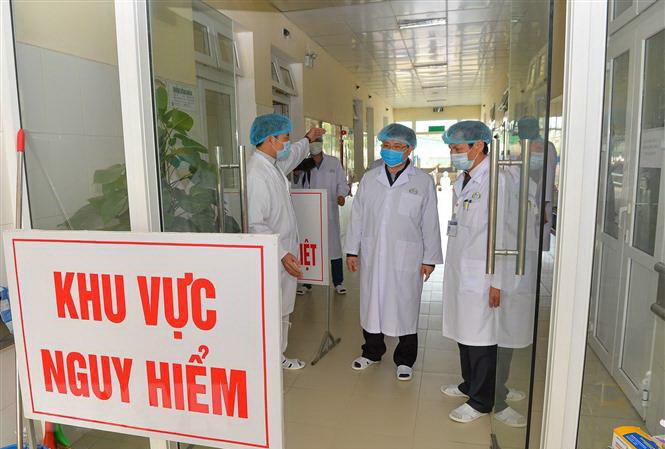 Cập nhật tình hình virus corona hôm nay 11/3: Việt Nam loại trừ 2.542 người nghi ngờ, 3/4 bệnh nhân ở Trung Quốc đã được chữa khỏi - Ảnh 1.