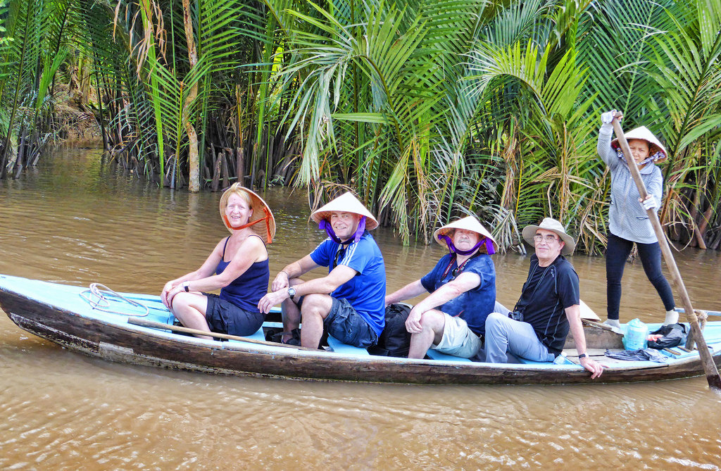 Ninh Bình tạm dừng đón khách, Tiền Giang tạm dừng tiếp nhận khách du lịch quốc tế do dịch corona - Ảnh 2.