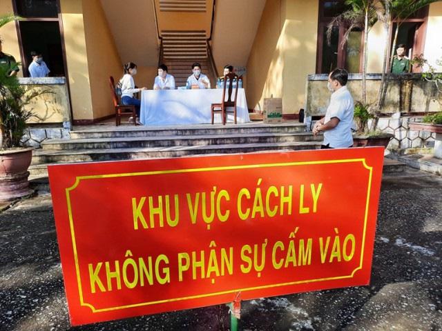 Đà Nẵng thu phí cách li 120.000 đồng/ngày, còn Quảng Nam sẽ trình HĐND quyết định - Ảnh 1.