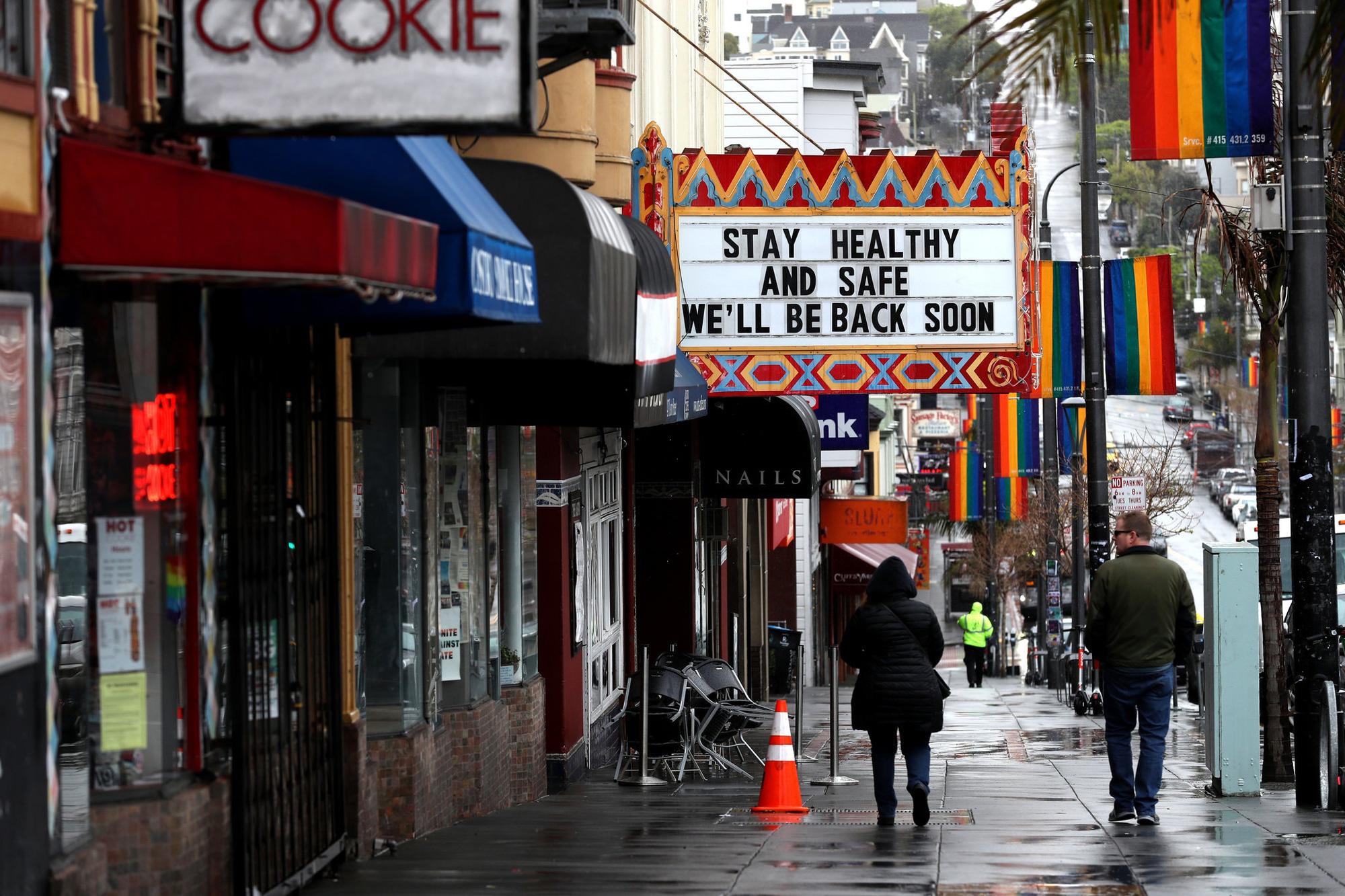 Một loạt các thành phố ở Mỹ đóng cửa khẩn cấp toàn bộ nhà hàng, quán bar trước đại dịch Covid - 19 - Ảnh 2.