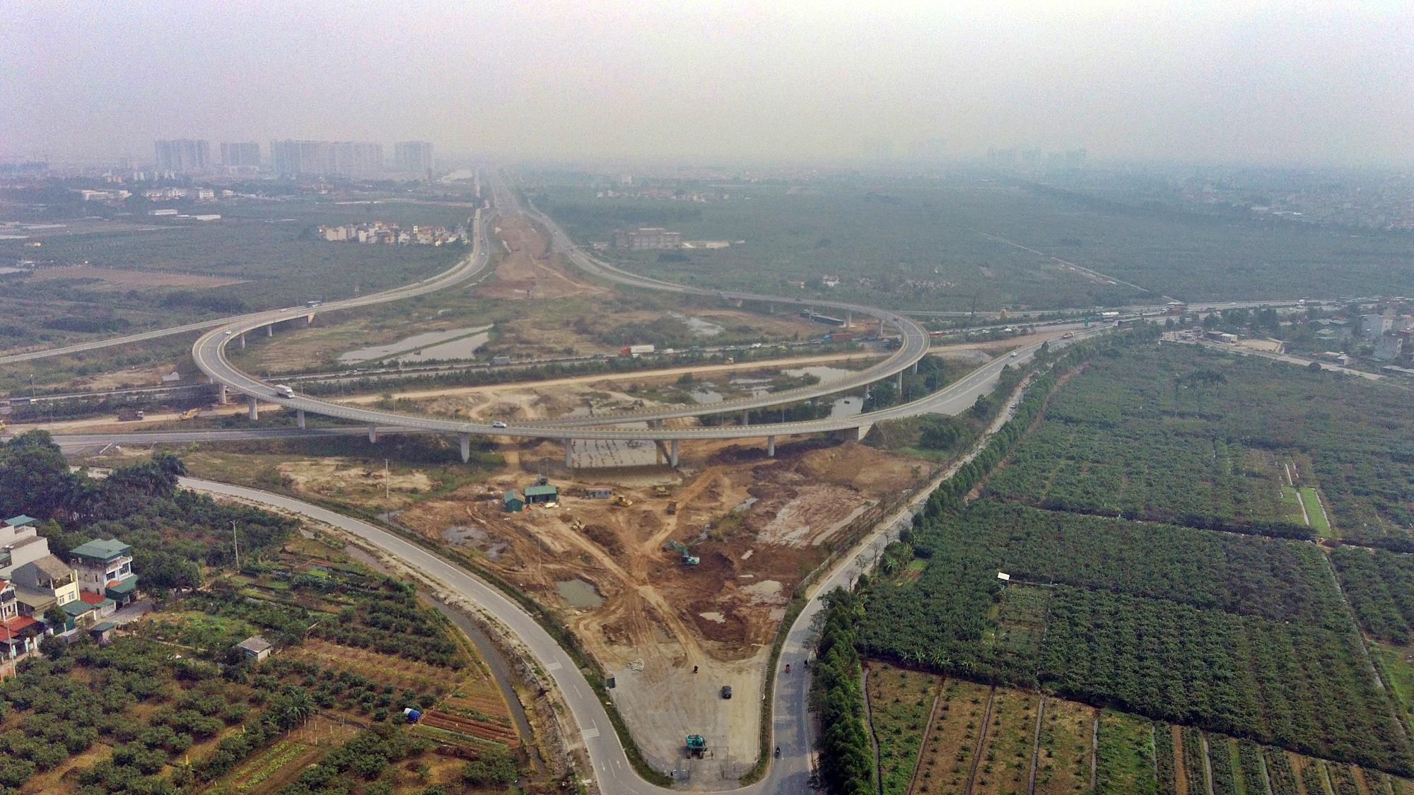 Chuẩn bị lên quận, hạ tầng giao thông huyện Gia Lâm đang thay đổi 'chóng mặt' - Ảnh 1.