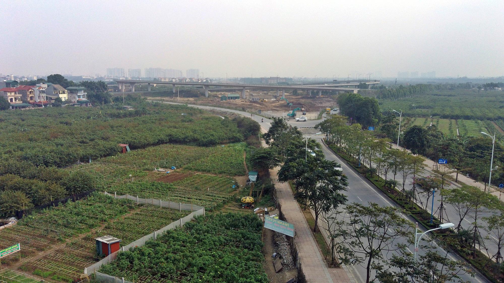 Chuẩn bị lên quận, hạ tầng giao thông huyện Gia Lâm đang thay đổi 'chóng mặt' - Ảnh 2.