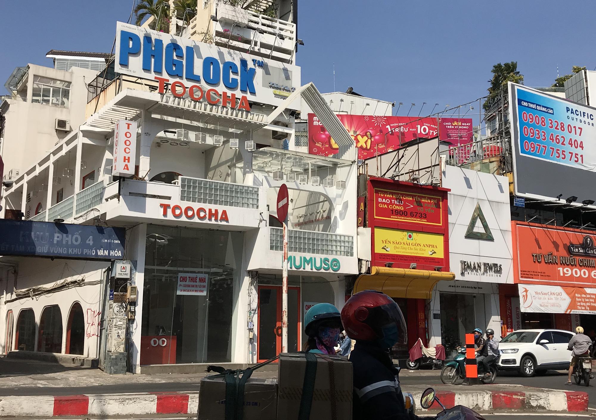 Hình ảnh loạt cửa hàng Toocha, sữa đậu nành Mr Bean của Shark Thủy, thậm chí 7-Eleven cũng đóng cửa vì Covid-19 - Ảnh 2.