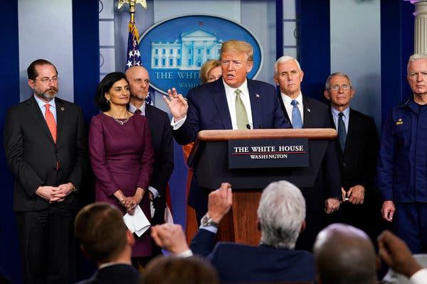 Chính quyền Trump chuẩn bị gói kích thích 1.000 tỉ USD hỗ trợ người dân vượt qua đại dịch - Ảnh 1.
