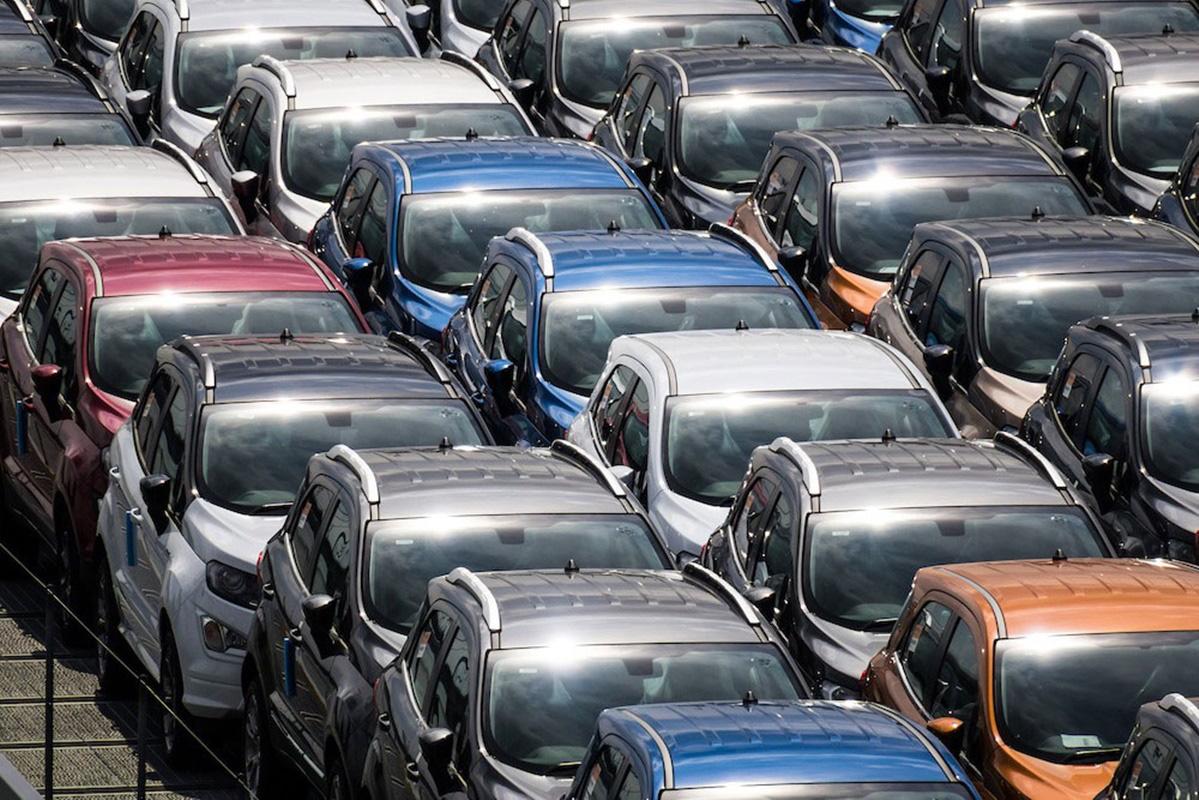 Nhà sản xuất ô tô lớn nhất thế giới đóng cửa nhà máy ở châu Âu giữa dịch Covid - 19 - Ảnh 3.