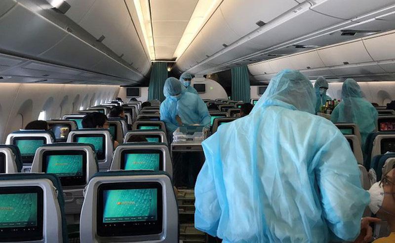 700 tiếp viên hàng không đăng kí không nhận lương 2-3 tháng - Ảnh 2.