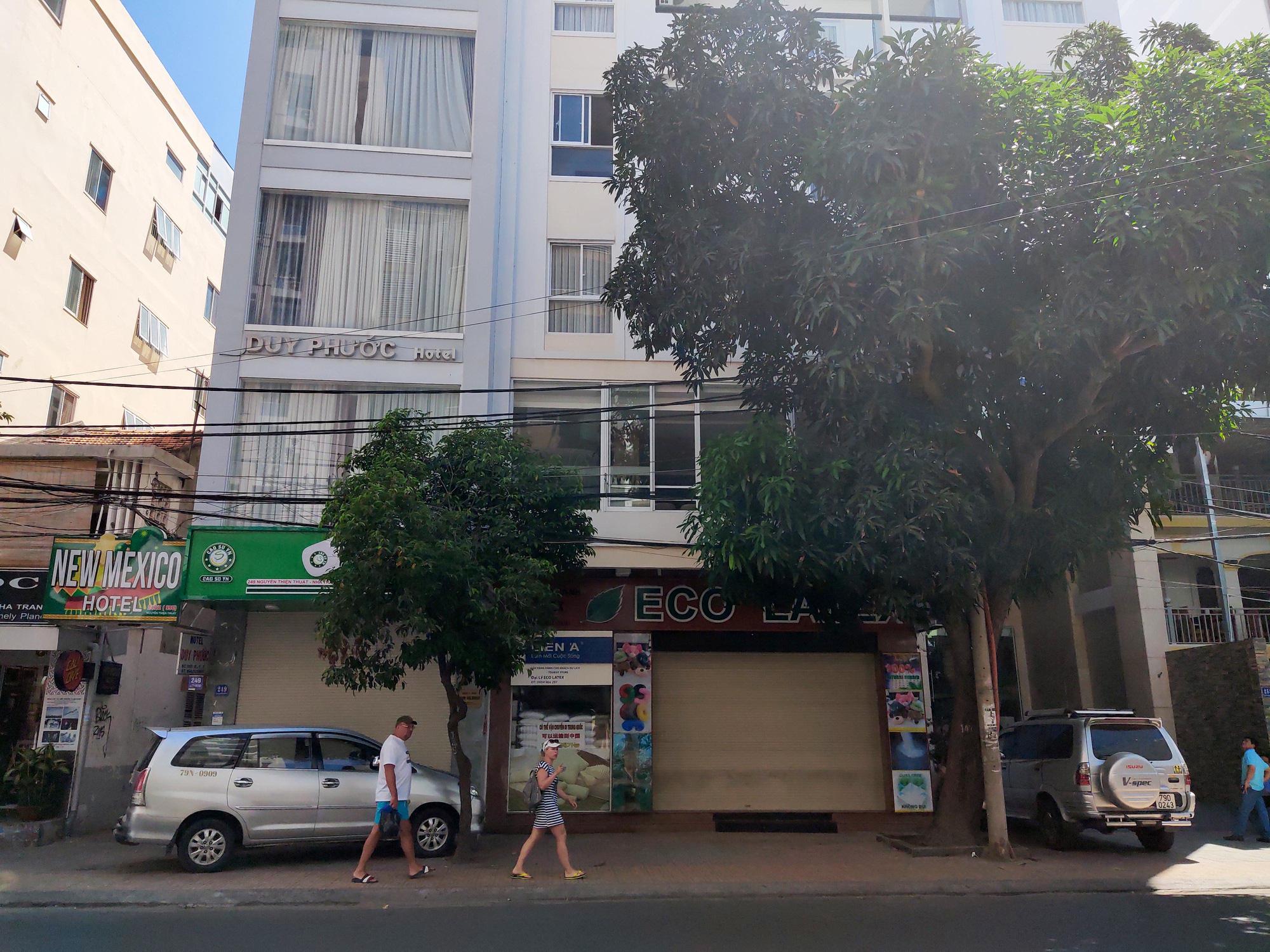 Nha Trang: Hàng loạt khách sạn rao bán, tạm ngừng hoạt động vì Covid-19 - Ảnh 7.