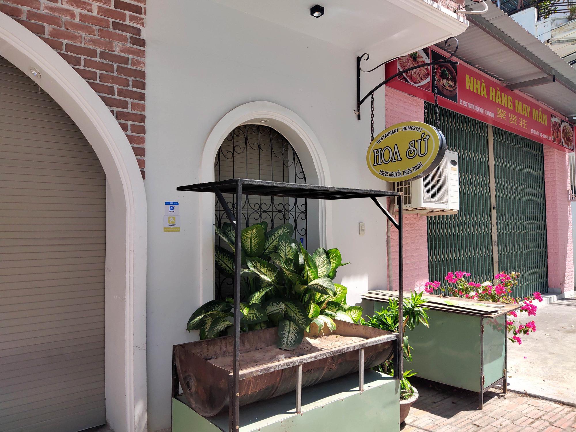 Nha Trang: Hàng loạt khách sạn rao bán, tạm ngừng hoạt động vì Covid-19 - Ảnh 14.