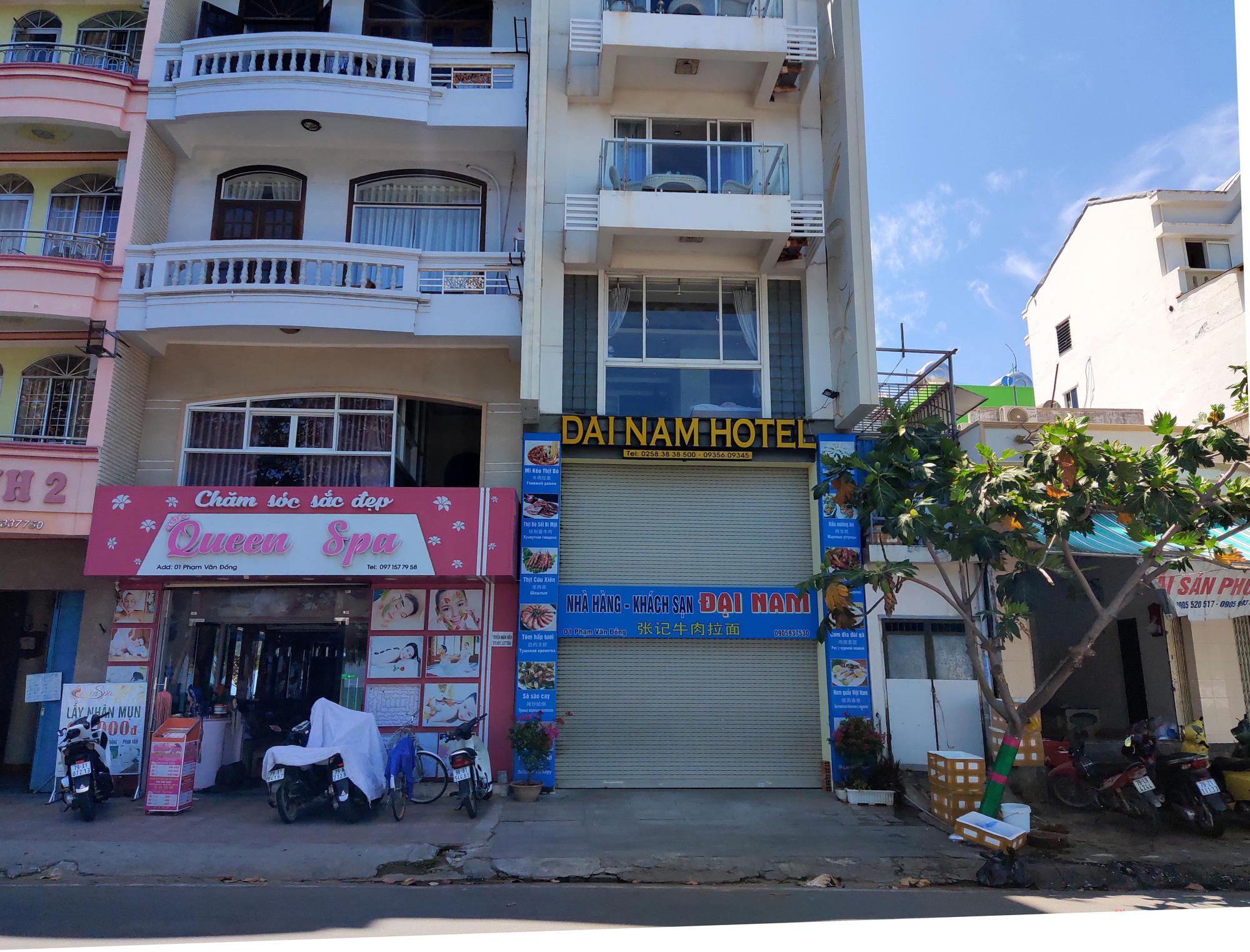 Nha Trang: Hàng loạt khách sạn rao bán, tạm ngừng hoạt động vì Covid-19 - Ảnh 15.