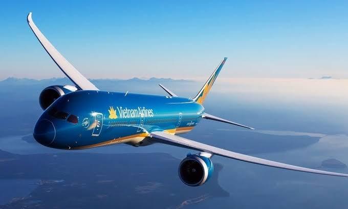Giá vé máy bay tốt nhất ngày 5/3: Chặng bay Nha Trang giá vé chỉ từ 55 nghìn đồng/lượt - Ảnh 2.