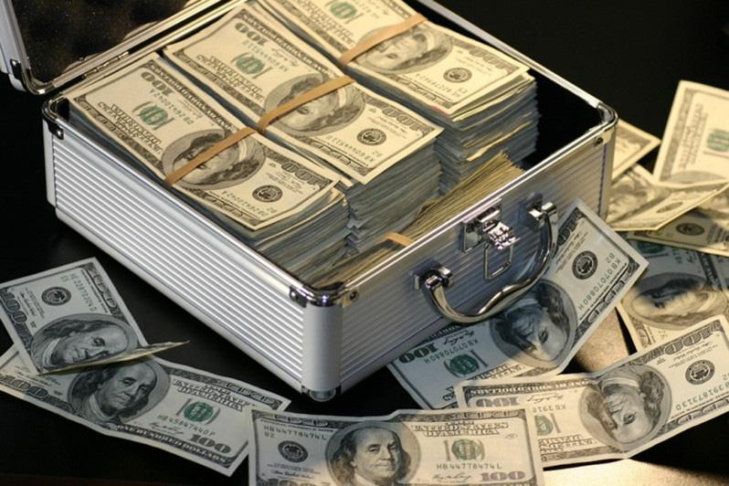 Giá USD hôm nay 16/3: Bất chấp Covid-19, USD lên mạnh - Ảnh 1.