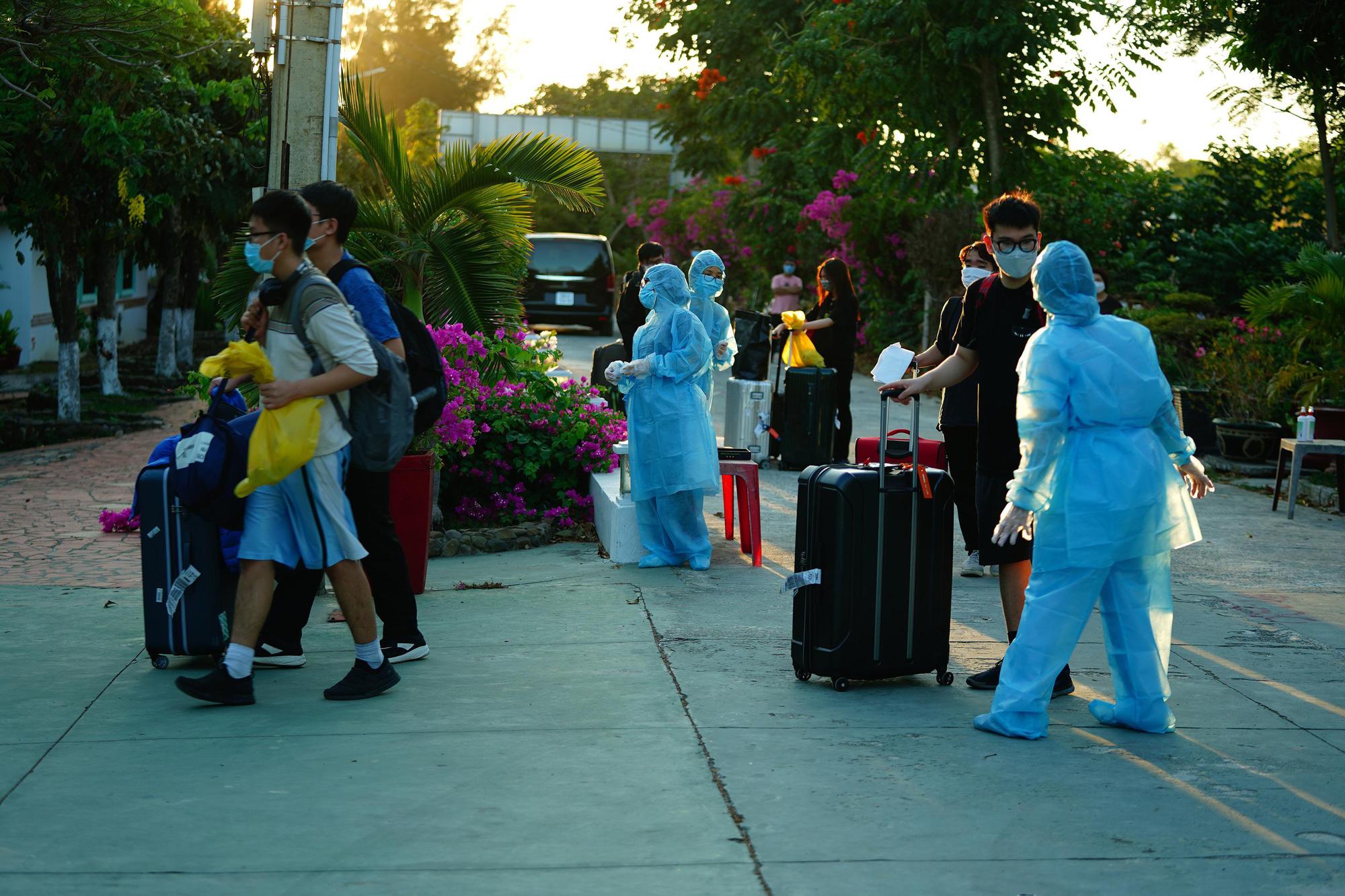 Nhiều người xin được cách li ở resort, khách sạn cao cấp - Ảnh 3.