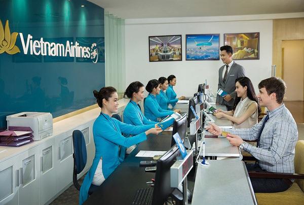 Vietnam Airlines miễn điều kiện thay đổi ngày bay cho du khách đến, đi từ Côn Đảo, Phú Quốc - Ảnh 1.