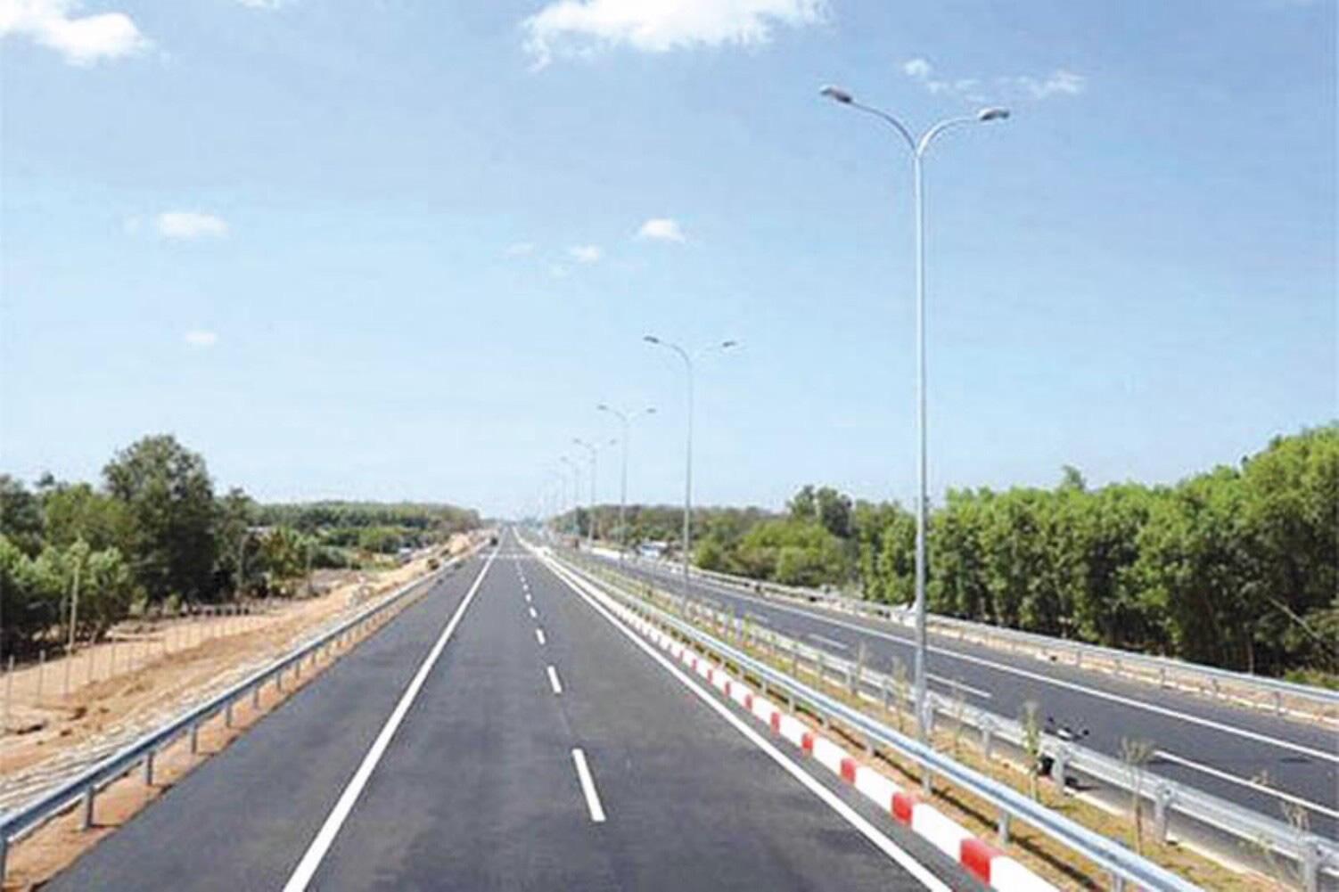 Chuyển 3 dự án sang đầu tư công, cao tốc Bắc – Nam thiếu vốn trầm trọng - Ảnh 1.