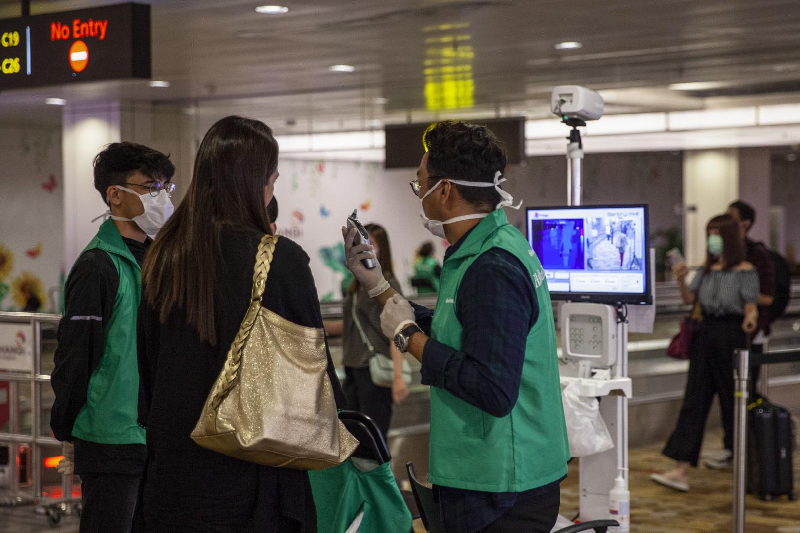 Những quốc gia ra lệnh cấm nhập cảnh đối với khách du lịch trong thời điểm dịch corona bùng phát - Ảnh 3.