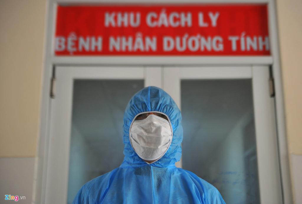 Vì sao hơn 90% ca nhiễm Covid-19 ở Việt Nam là người trẻ - Ảnh 2.