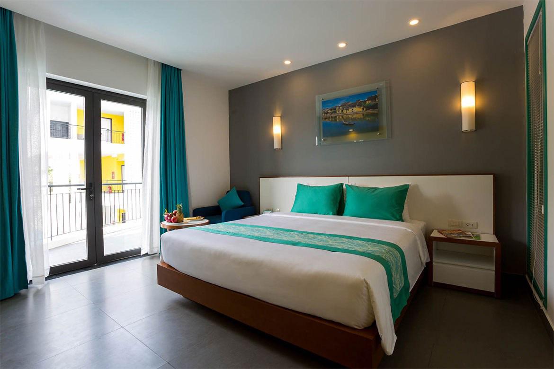 Nhiều khách sạn ở Hội An đăng kí làm nơi cách li phòng dịch Covid-19 - Ảnh 1.