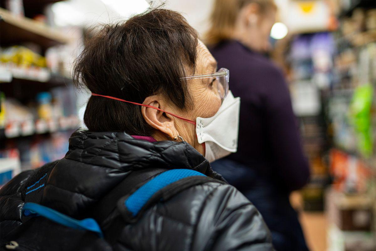 Mất khứu giác và vị giác là dấu hiệu quan trọng nhận biết đã bị nhiễm virus Covid-19 - Ảnh 2.
