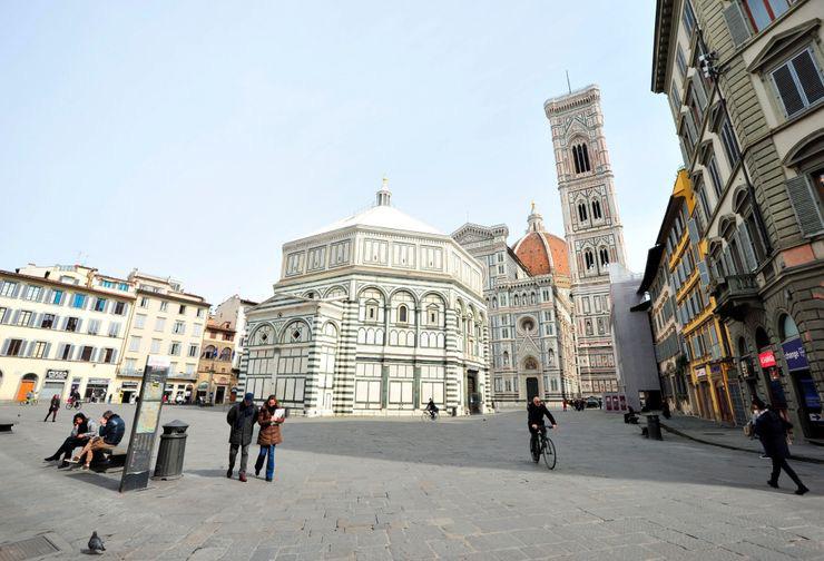 Số người tử vong cao nhất thế giới, toàn bộ nước Ý đang bị dịch Covid-19 ám - Ảnh 9.