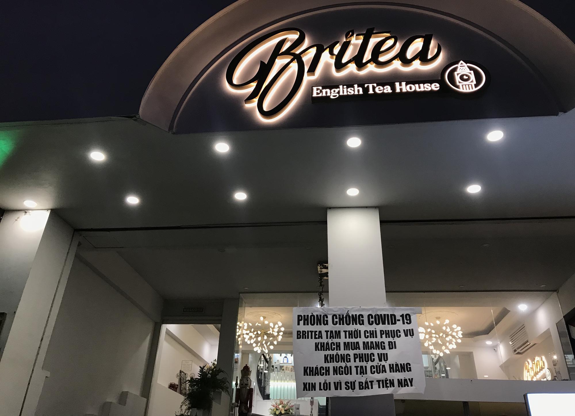Nhà hàng, quán ăn Sài Gòn vội vàng đóng cửa phòng Covid-19 sau quyết định của UBND TP - Ảnh 10.
