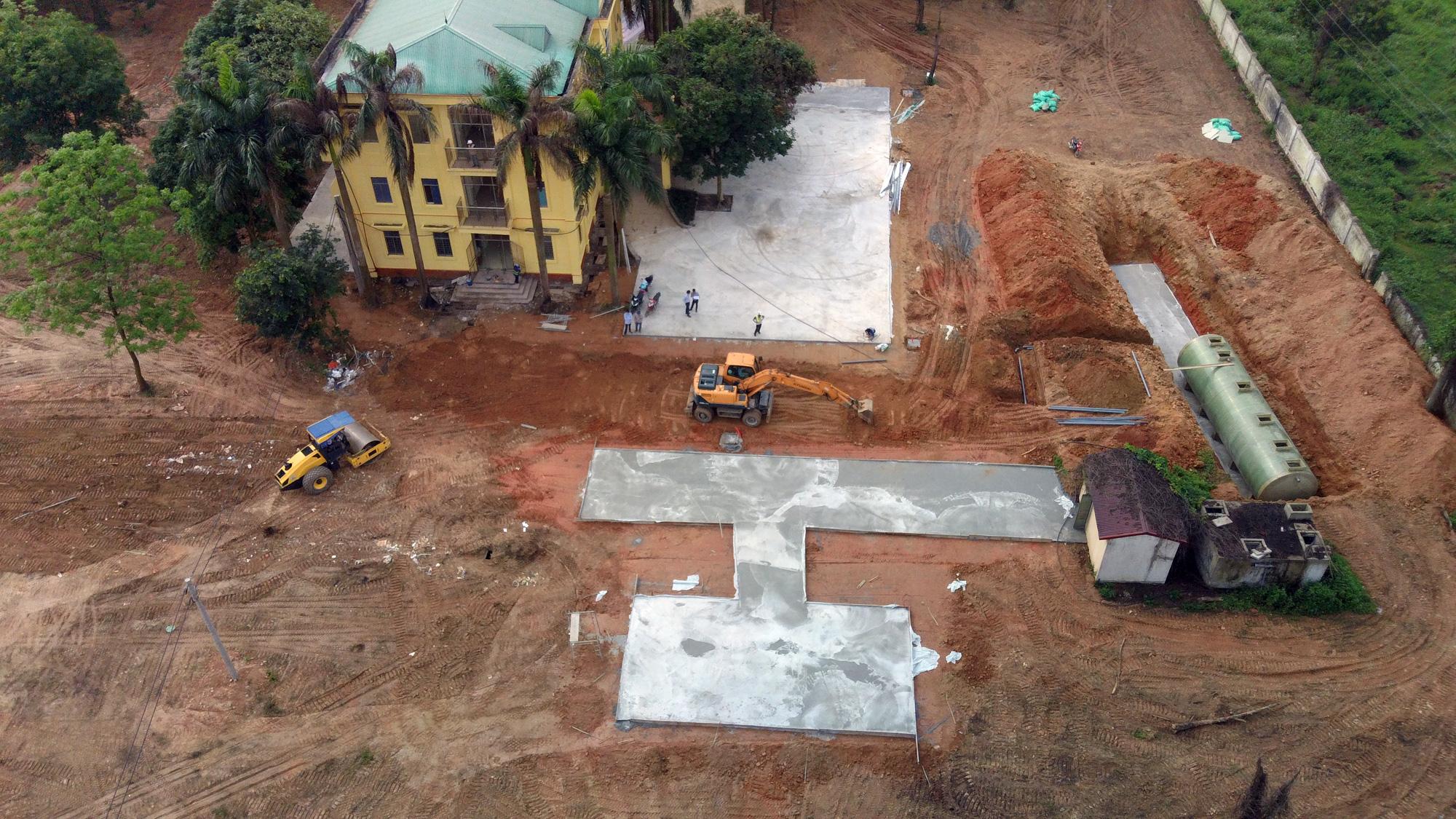 Hà Nội sửa xong bệnh viện bỏ hoang ở Mê Linh làm khu cách li chống dịch Covid-19 - Ảnh 17.