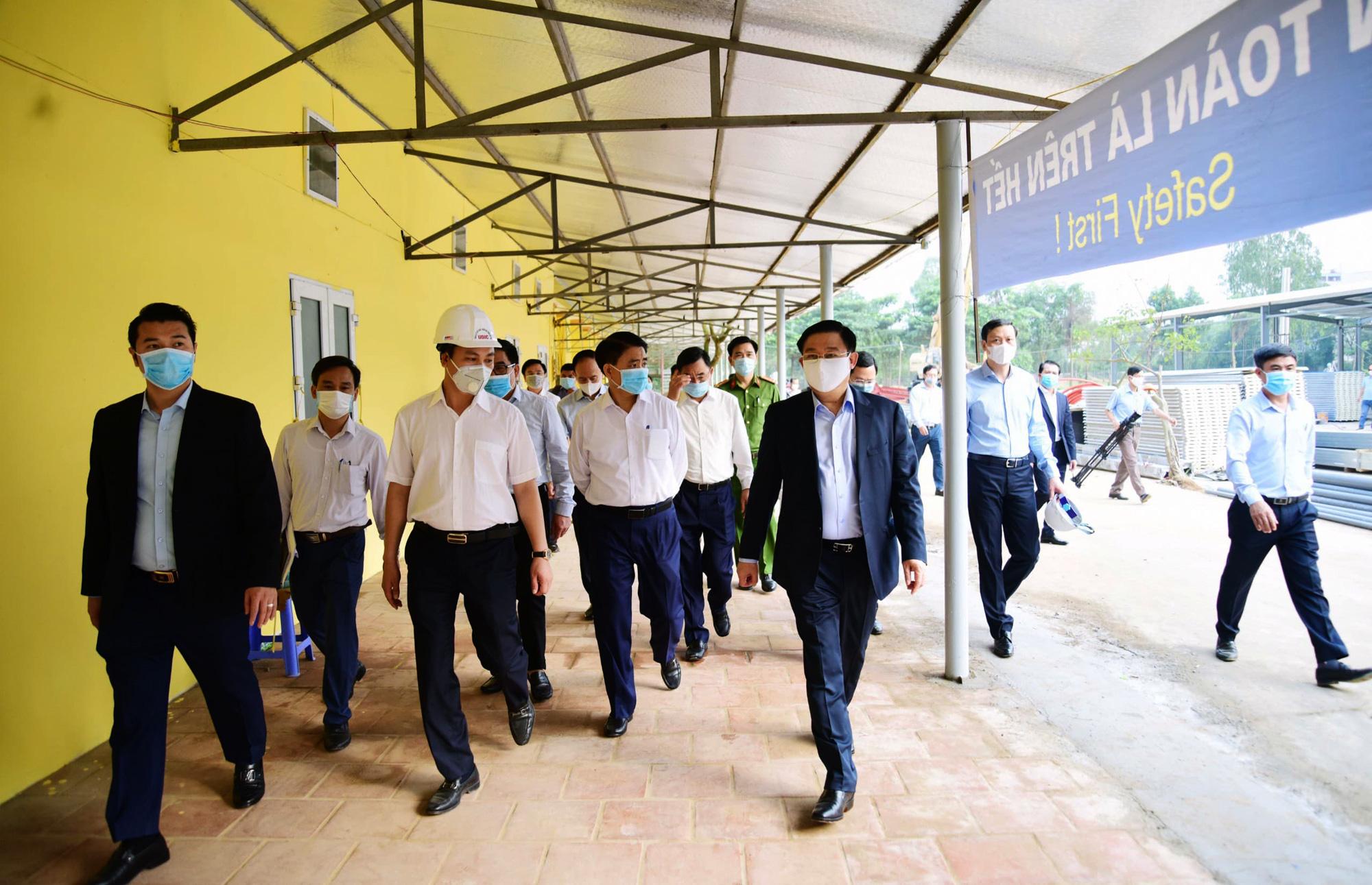 Hà Nội sửa xong bệnh viện bỏ hoang ở Mê Linh làm khu cách li chống dịch Covid-19 - Ảnh 15.