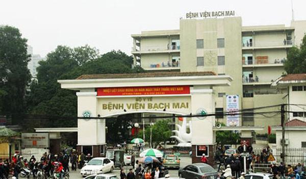 Người dân đến Bệnh viện Bạch Mai trong 2 tuần trở lại đây phải tự cách li - Ảnh 1.