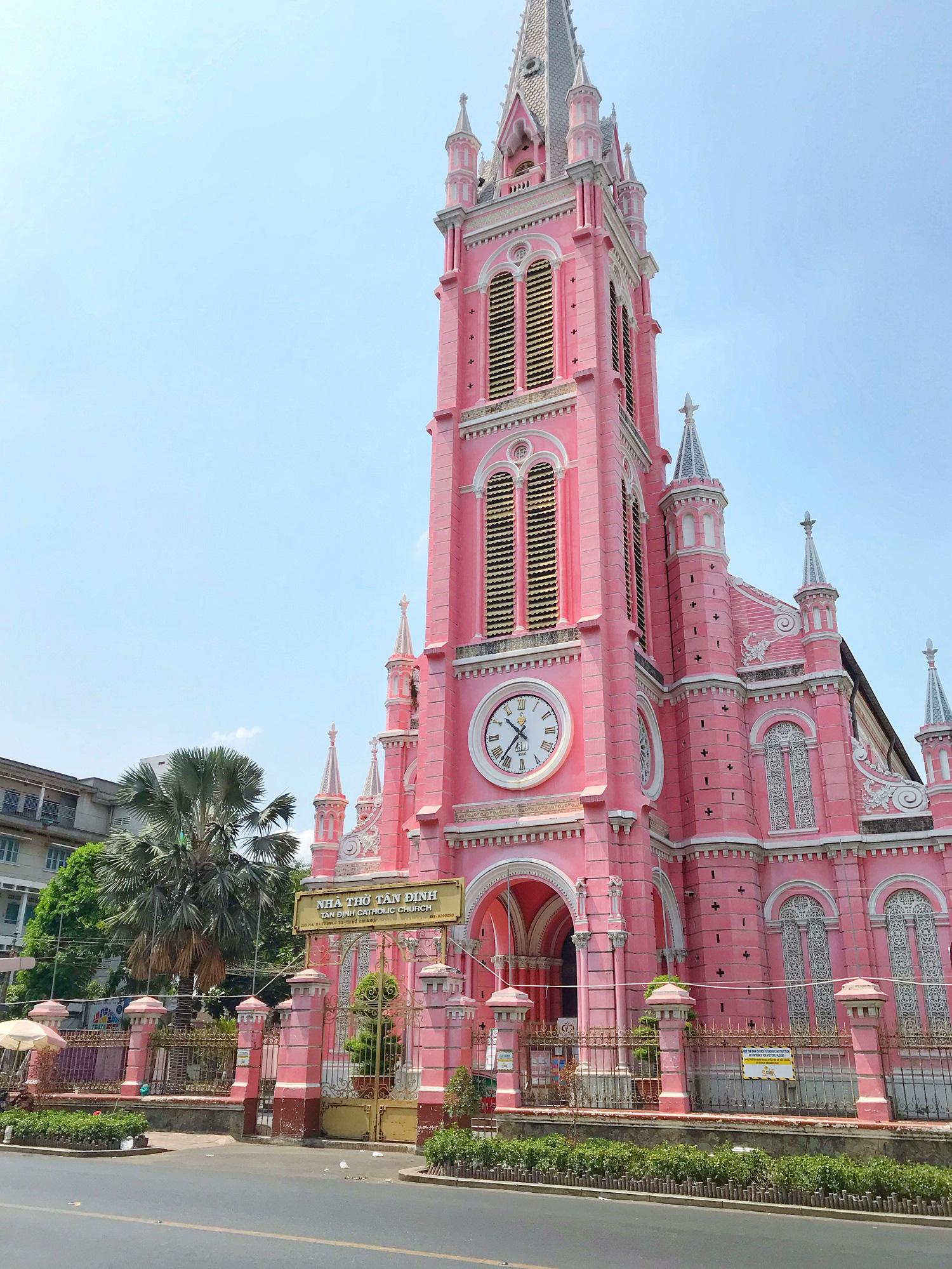 Các điểm du lịch tại TP.HCM vắng hoàn toàn sau quyết định dừng nhập cảnh người nước ngoài vào Việt Nam - Ảnh 10.