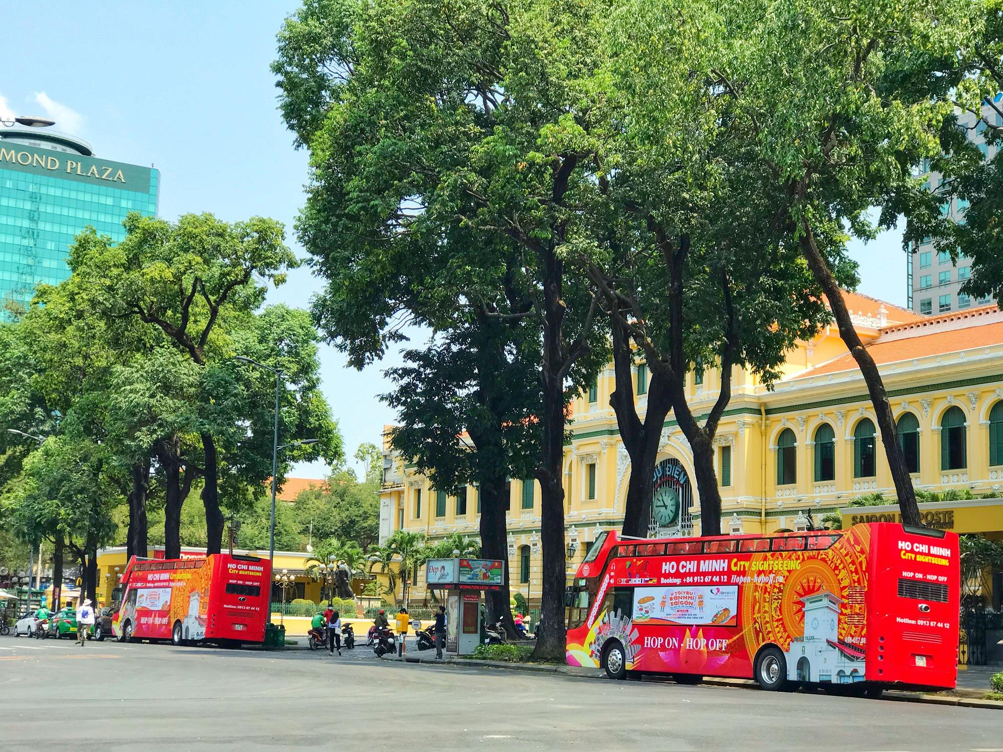 Các điểm du lịch tại TP.HCM vắng hoàn toàn sau quyết định dừng nhập cảnh người nước ngoài vào Việt Nam - Ảnh 12.